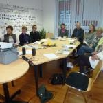 Teilnehmer verschiedener Generationshilfen bei der Hygieneschulung